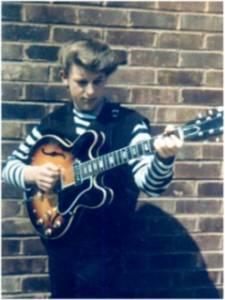 Martin Barre 1962 mit seiner 1. Gibson ES 330