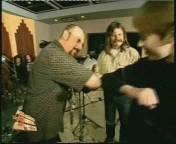 Ian Anderson grüßt per 'Rubbing Elbows'